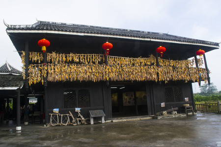 guilin: Guilin folk
