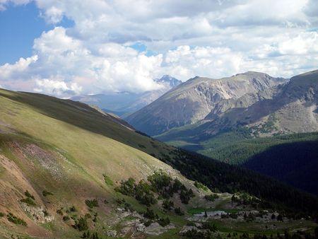 longs peak: Looking towards Longs Peak in Colorado.