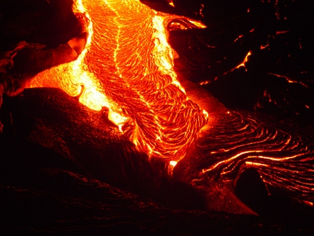 magma: Pele braids are easily seen in this image of flowing lava.