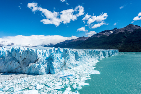 glaciar: The Perito Moreno Glacier in the Los Glaciares National Park, Patagonia, Argentina.