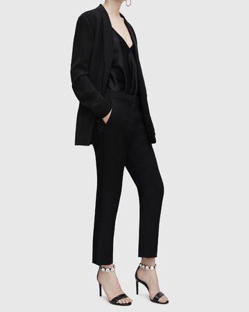 Nieuwe Zwarte Vrouwen Pakken Formele Kantoor Pakken Werk Blazer Vrouwen Tuxedo Pak Vrijetijdskleding, Overall Zwart - Tuxedo jumpsuit zwart, BLAZER MET TUXEDO REVEST BLAZERS VROUW. Stockfoto
