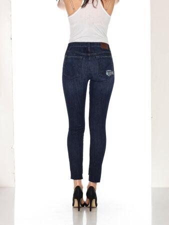 Denim Jeans Denim High Waist Hose Slim Fit Jeans, Skinny Fit Jeans Light Blue Denim, Loren Distressed Rip Knee Skinny Jeans with white background Zdjęcie Seryjne - 134744502