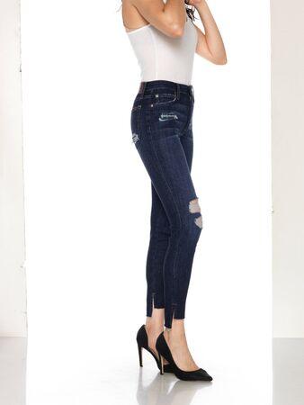 Denim Jeans Denim High Waist Hose Slim Fit Jeans, Skinny Fit Jeans Light Blue Denim, Loren Distressed Rip Knee Skinny Jeans with white background Zdjęcie Seryjne - 134744507