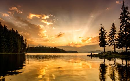ダウンで山の湖 写真素材
