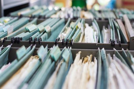 libertad: Carpetas de archivos en un archivador