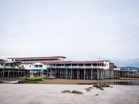 タイの中央海岸でビーチ周辺の素晴らしい景色