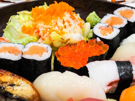 日本食の様々 な寿司のセット