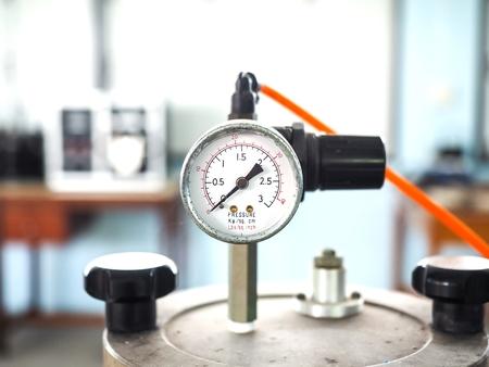 Pressure Meter in Tank