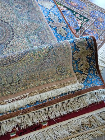 wool rugs: persian carpets