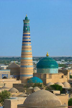 minaret: Minaret in ancient city of Khiva, Uzbekistan