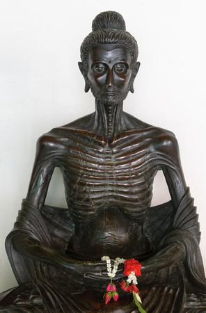 golden buddha in wat benchamabophit, bangkok Banco de Imagens - 3968119