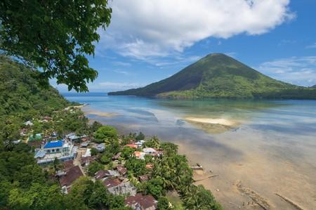 clinker: Gunung Api volcano, Banda islands, Indonesia Stock Photo