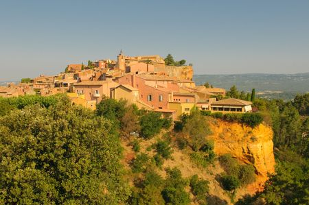 roussillon: Provencal village of Roussillon