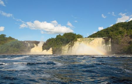 Waterfall in Canaima, Venezuela Stock Photo - 6254127
