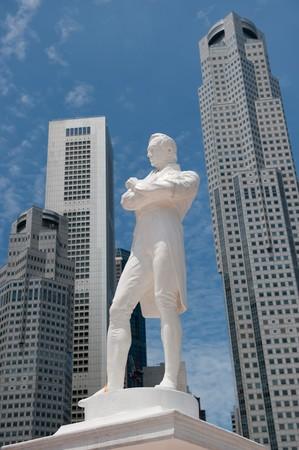 colonial building: Sir Raffles statue, Singapore Stock Photo