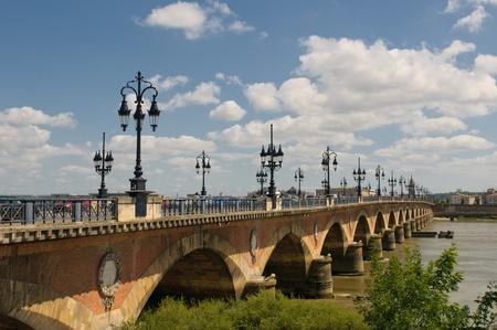 Pont de pierre, Bordeaux, France photo