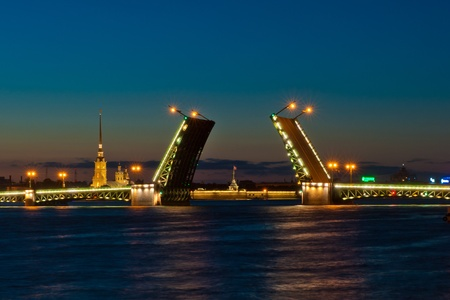 saint petersburg: Night view of Palace Bridge, Saint Petersburg, Russia
