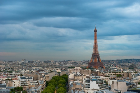 Panorama of Paris at dusk 에디토리얼