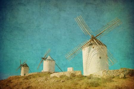 don quixote: Imagen de la vendimia de molinos de viento en Consuegra, Espa�a