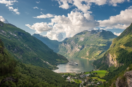 Geiranger fjord, Norway photo