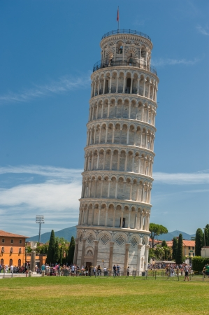 torre: Leaning tower of Pisa, Italy