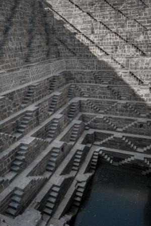 chand: Chand Baori, uno de los m�s profundos cajas de escalera en la India
