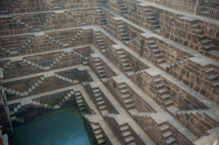 chand: Chand Baori, una de las cajas de escalera m?profundos en la India