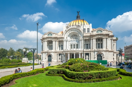 the arts: MEXICO CITY, MEXICO - October, 30, 2013: Palacio de Bellas Artes in Mexico city, the most important cultural center in the city.