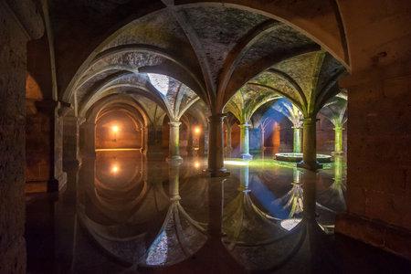 cisterna: El Jadida, Marruecos - abril, 19, 2013: Cisterna portuguesa en El Jadida. Uno de los edificios más importantes de la época portuguesa en Marruecos. Editorial