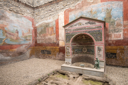 italian fresco: Interior of Casa della Fontana Piccola, Pompeii, Italy