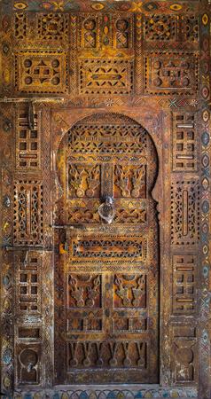 porte bois: Portes anciennes, Maroc Banque d'images