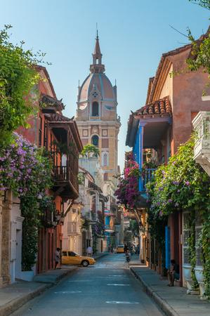 case colorate: Strade di Cartagena, Colombia  Archivio Fotografico