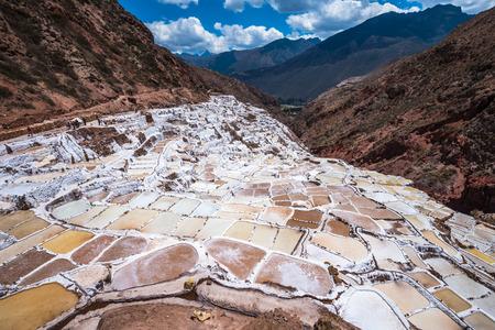 salt: Salinas de Maras, minas de sal artificiales cerca de Cusco, Per�