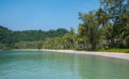 ko: Ao Prao beach, Ko Kut island, Thailand