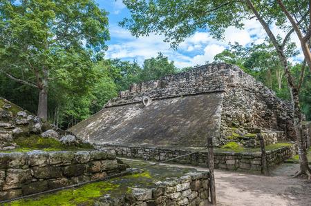 roo: Juego de pelota, Mayan ballgame field, Coba, Yucatan, Mexico Stock Photo