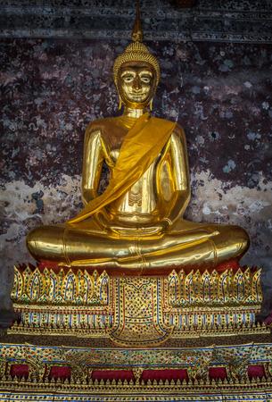 thai buddha: Golden buddhas in Wat Suthat, Bangkok, Thailand