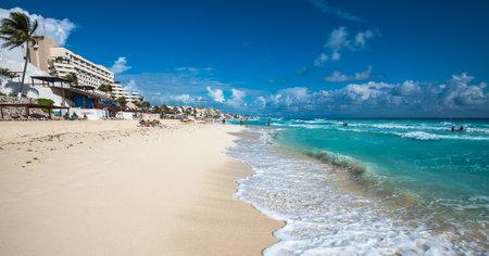 cancun: Cancun beach panorama, Mexico