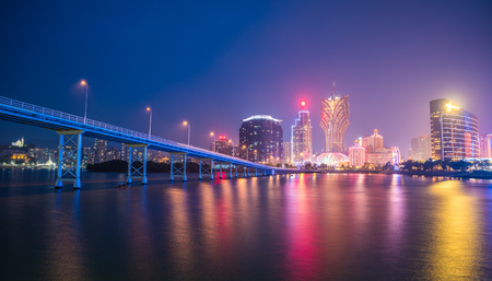 Macau city skyline at night 新聞圖片