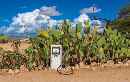 Old gas pump in the Namib Desert, Solitaire, Namibia Stockfoto