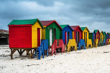 Bunte Strandhäuser in Muizenberg, Südafrika