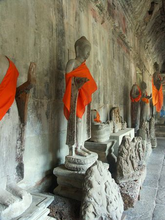 budda statues Cambodia temples - angkor wat - tourist site photo