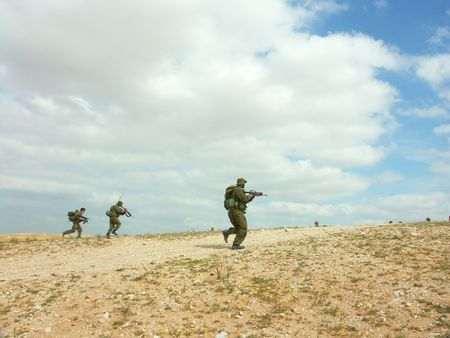 israeli soldiers attack - battle field