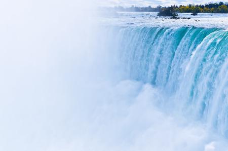 the edge of horseshoe falls: Horseshoe Fall Niagara Falls Ontario Canada