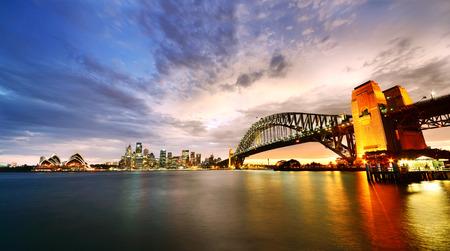 Sydney Harbor Panorama bij schemering