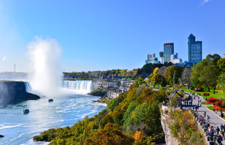 the edge of horseshoe falls: View of Niagara Falls