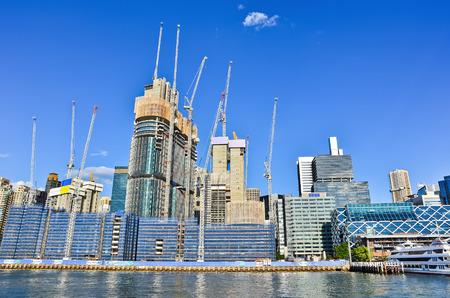 Los edificios de oficinas en construcción