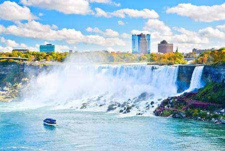 the edge of horseshoe falls: View of Niagara Falls in autumn