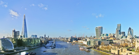 sunny sky: Panorama of London skyline in a sunny day.