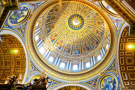 st  peter's basilica pope: Vatican City, Vatican - September 15, 2016: Interior view of the St. Peters Basilica with lots of tourists and believers visiting in Vatican on September 15, 2016. Editorial