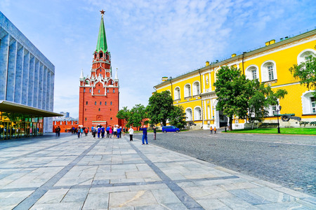 View of the Kremlin in Moscow with lots of tourists in summer.
